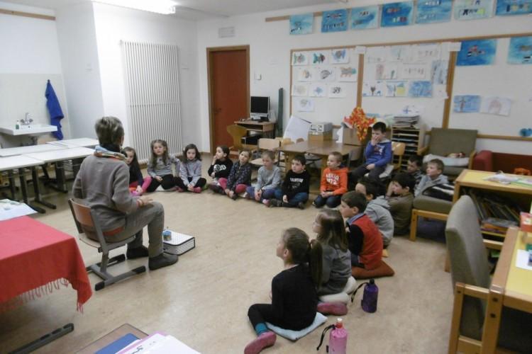 Nils Holgerson zu Besuch in der 1. Klasse